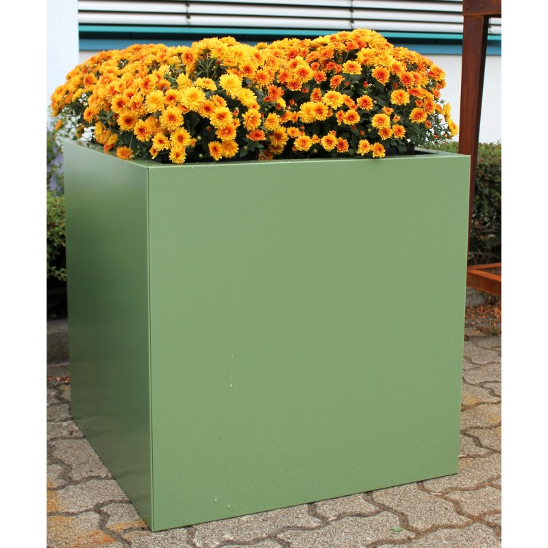 design pflanzk bel pflanztrog aus metall resedagr n. Black Bedroom Furniture Sets. Home Design Ideas